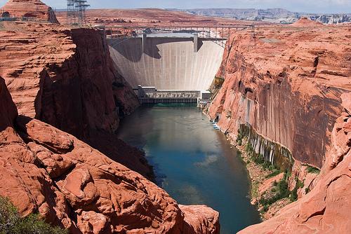 Dam2.jpg